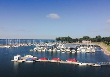 Lewis & Clark Marina