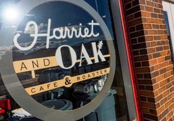 Harriet & Oak