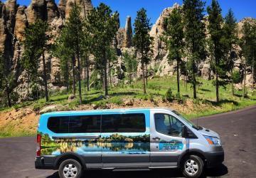 Dave's World Tours & Shuttle Service