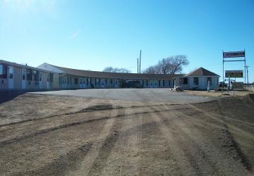 Circle H Motel / Backyard RV Campground
