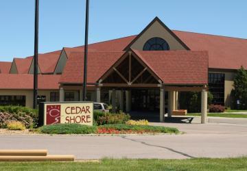 Arrowwood Cedar Shore Resort